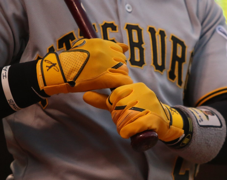 andrew-mccutchen-swingman-batting-gloves