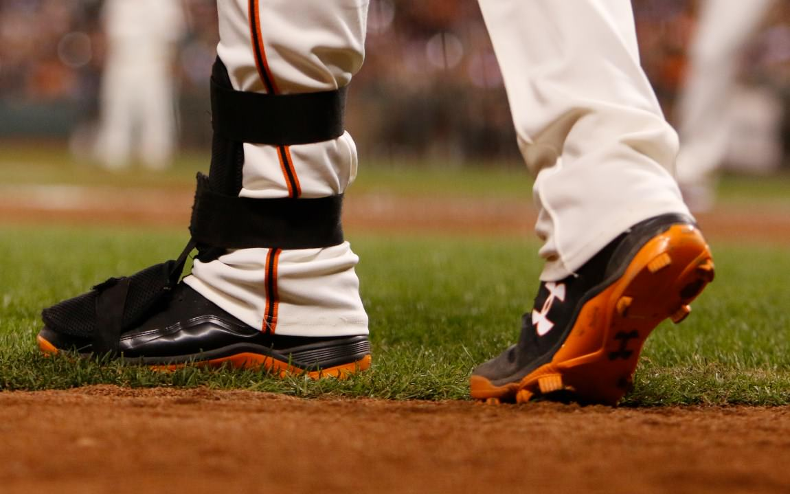 buster-posey-under-armour-cleats-evoshield-leg-guard