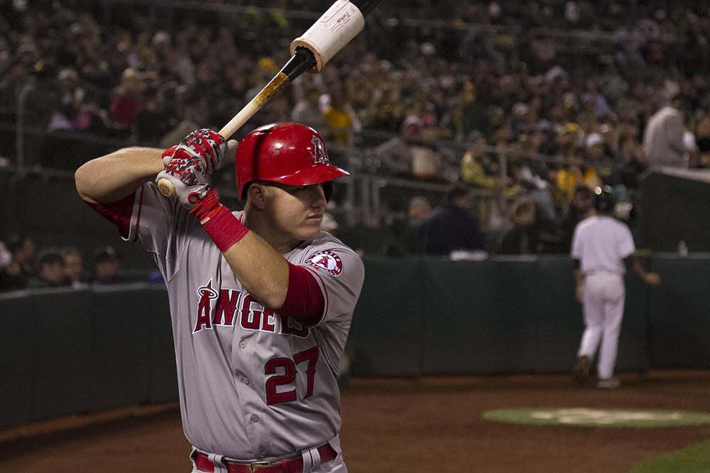 mike-trout-warms-up-2