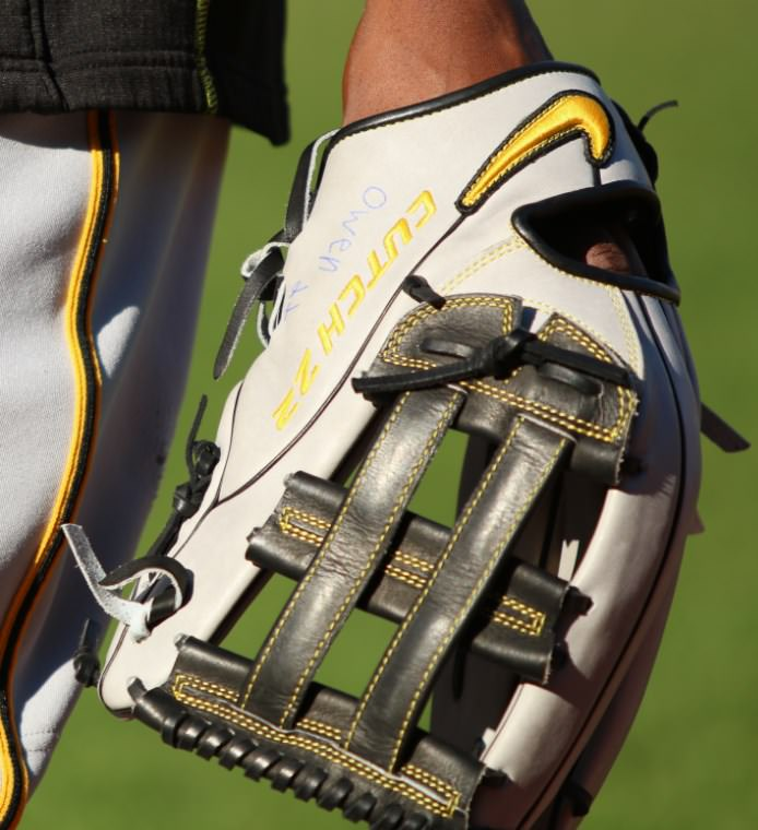 What Pros Wear Andrew McCutchen's Nike SHA/DO Elite J H-Web Glove What ...