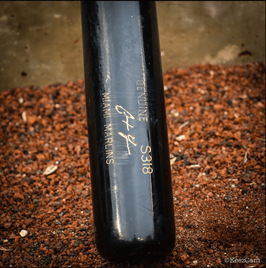 What Pros Wear Christian Yelich's Louisville Slugger S318 ... Bryce Harper Outfield