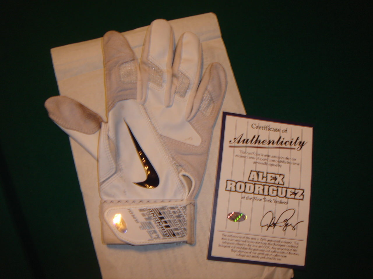 nike batting gloves, nike batting gloves 2012, nike diamond elite pro