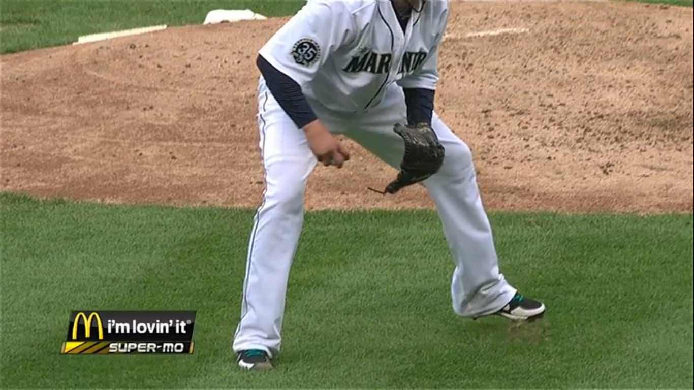 a9814141f6dc66 Screenshot of Hernandez  ridiculous pants covering his Nike Air Huarache  2KFresh cleats ...