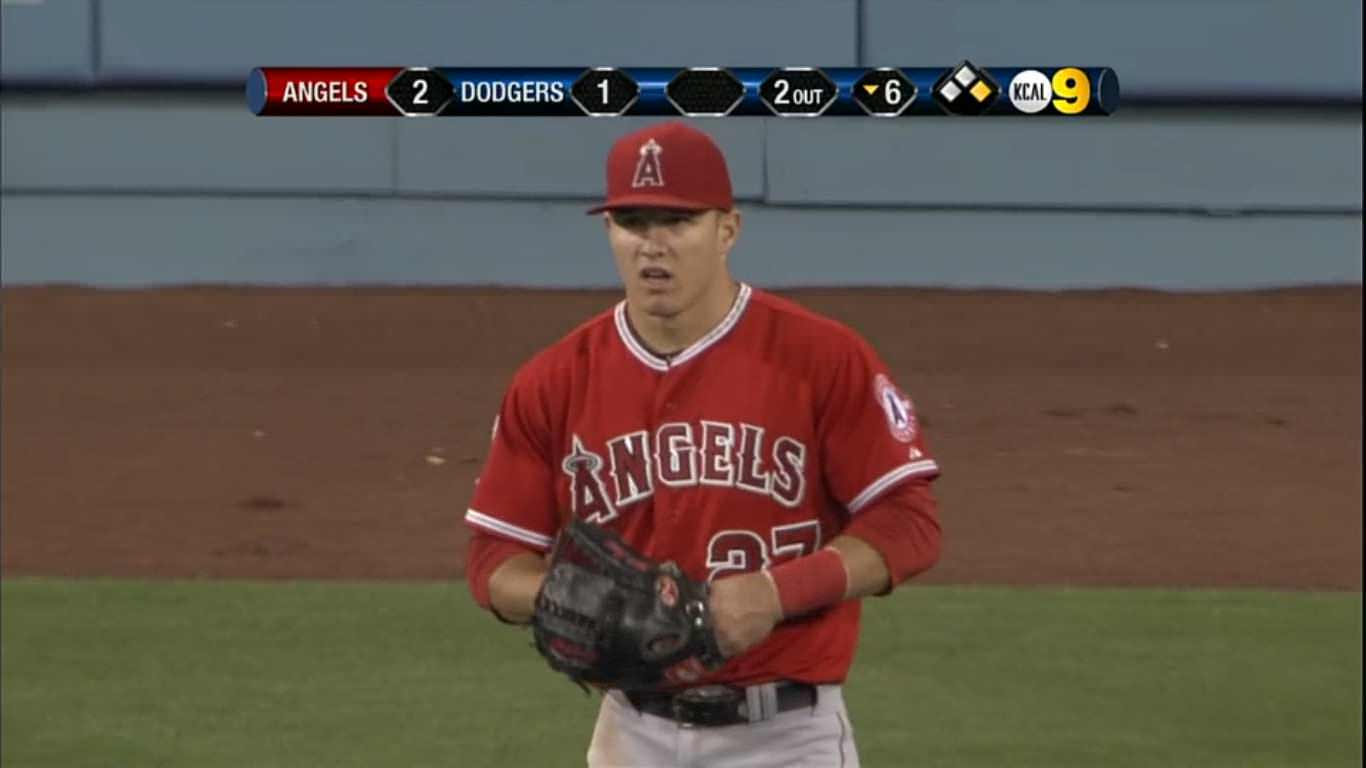 What Pros Wear What Pros Wear: Mike Trout (Glove