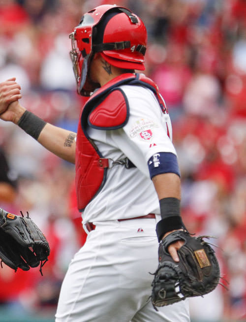 What Pros Wear What Pros Wear Yadier Molina Mask Chest Protector