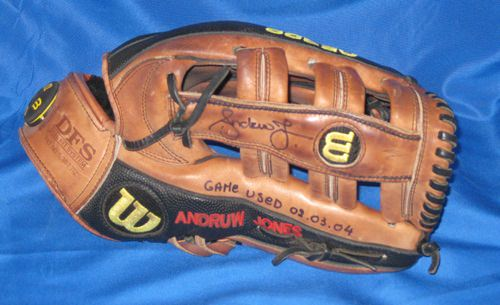 andruw jones glove