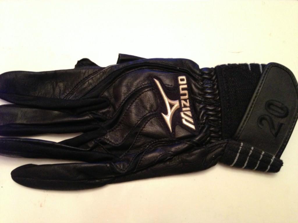 desmond batting gloves