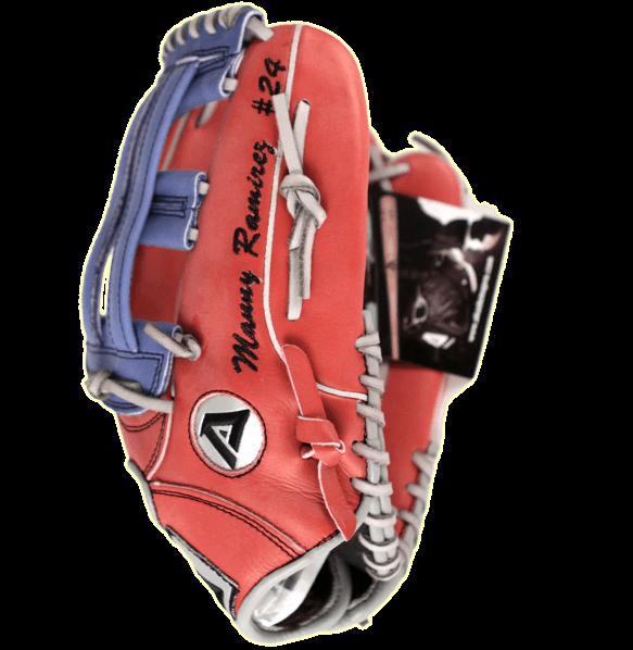 manny-ramirez-red-glove
