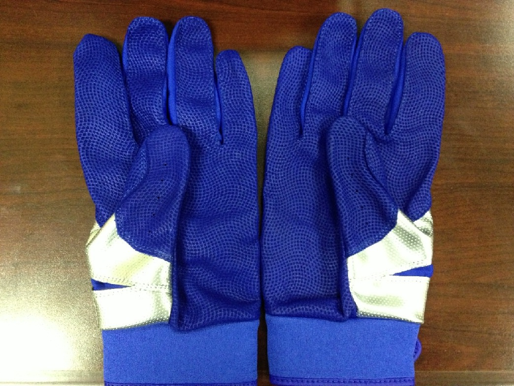 jose-bautista-back-batting-glove