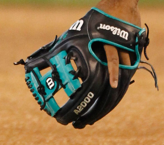 robinson-cano-wilson-a2000-glove