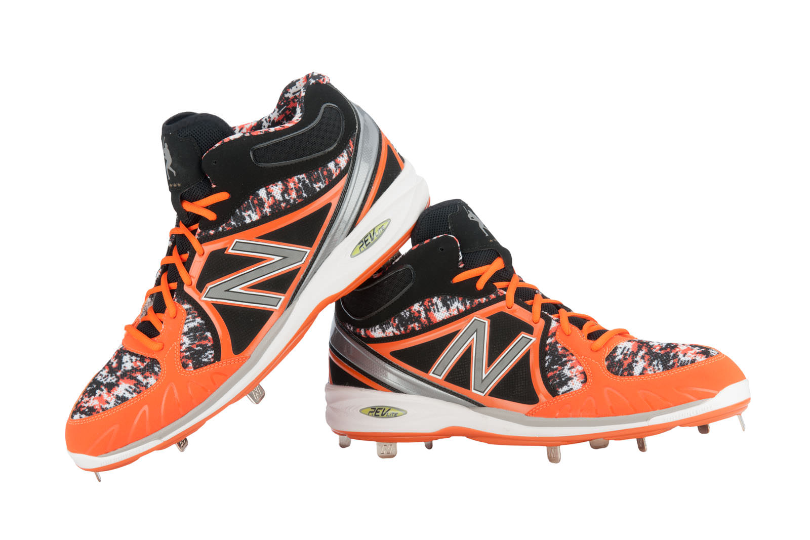 c3dfeff7fe5e0 What Pros Wear: Miguel Cabrera's Updated New Balance 3000 Cleats ...