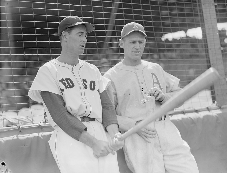 Ted Williams showing how its done. Courtesy of the Boston Public Library, Leslie Jones Collection.