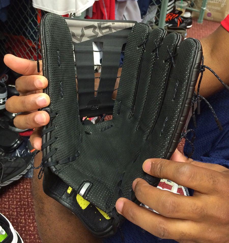 George-Springer-Nike-Hyperfuse-Glove
