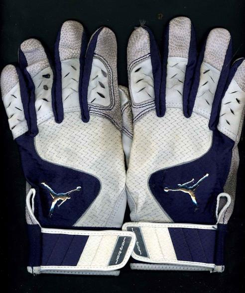 jeter-previous-batting-gloves