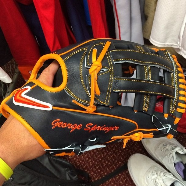 Nike Velcro Gloves: What Pros Wear George Springer's Nike SHA/DO Elite J Glove