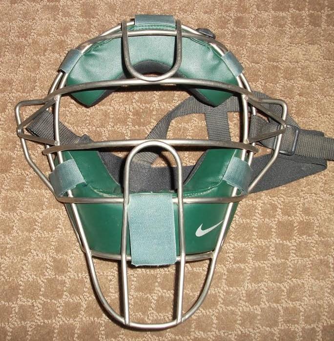 vic-nike-helmet