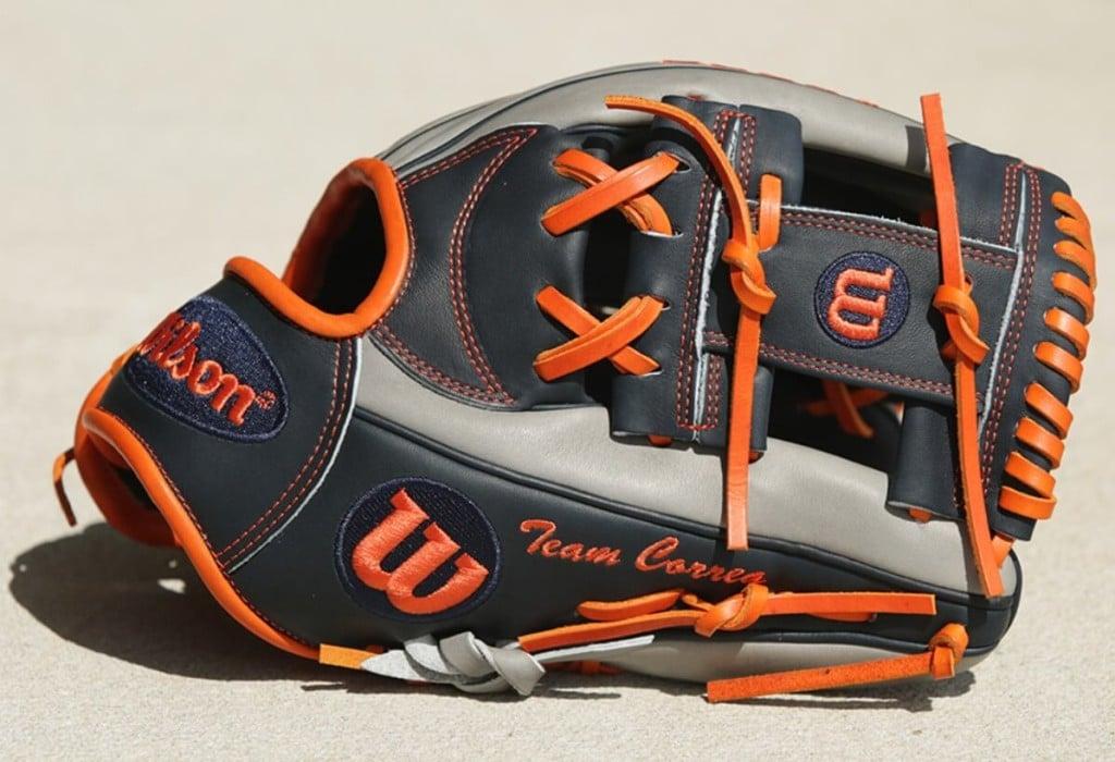 Carlos Correa Wilson A2000 CC1 Glove 4