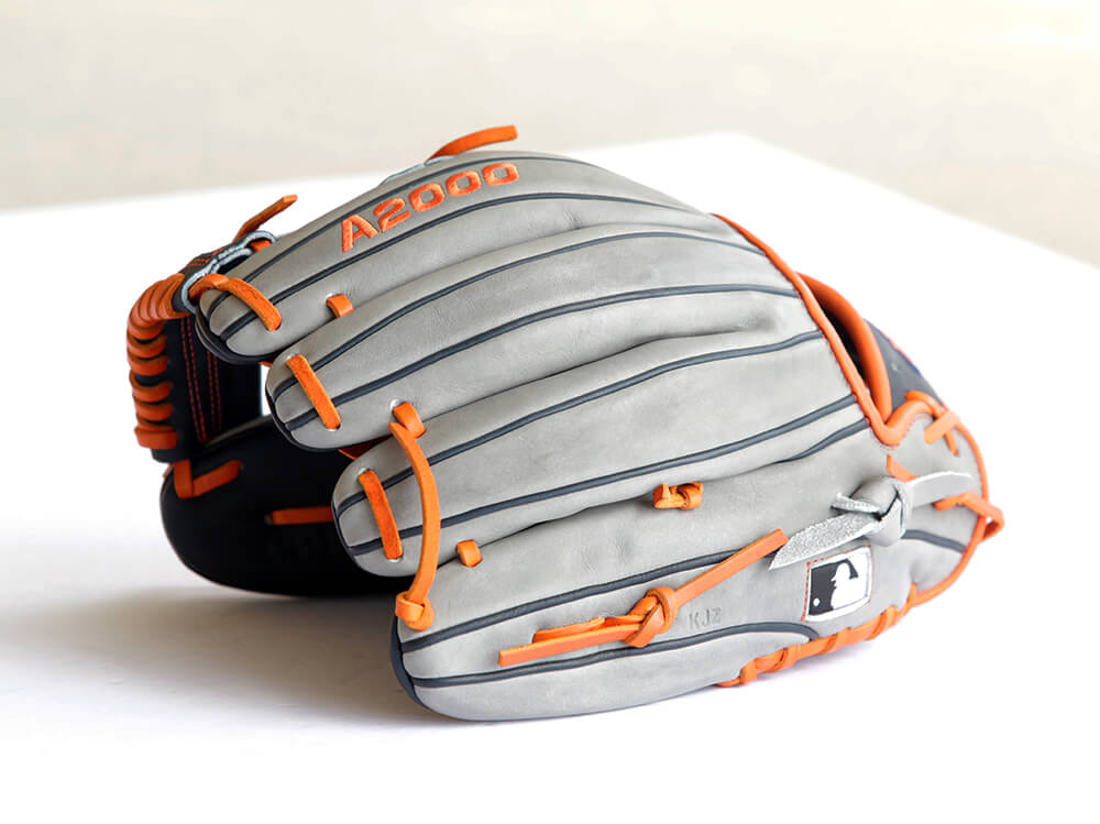 Carlos Correa Wilson A2000 Glove