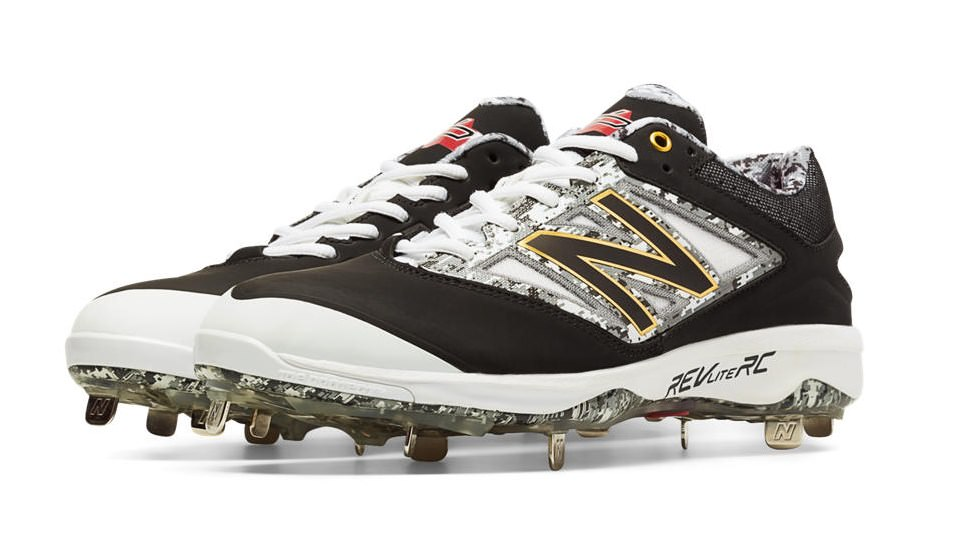 What Pros Wear First Look at the New Balance 4040v3 Cleat (PHOTOS ... 2a51079dbfe