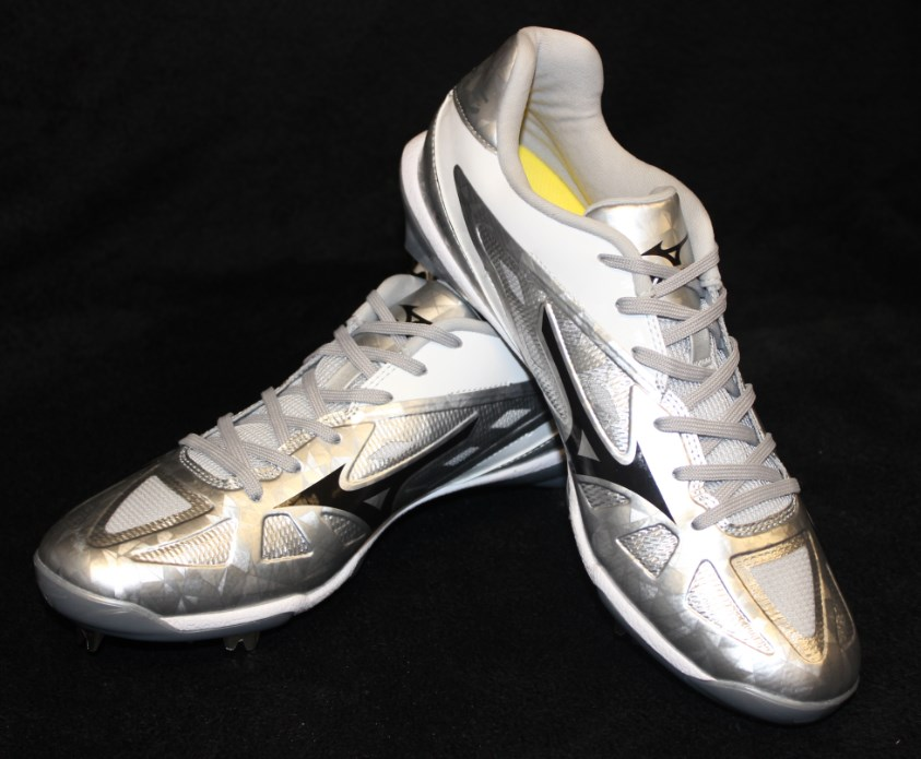 mizuno-all-star-cleats-4