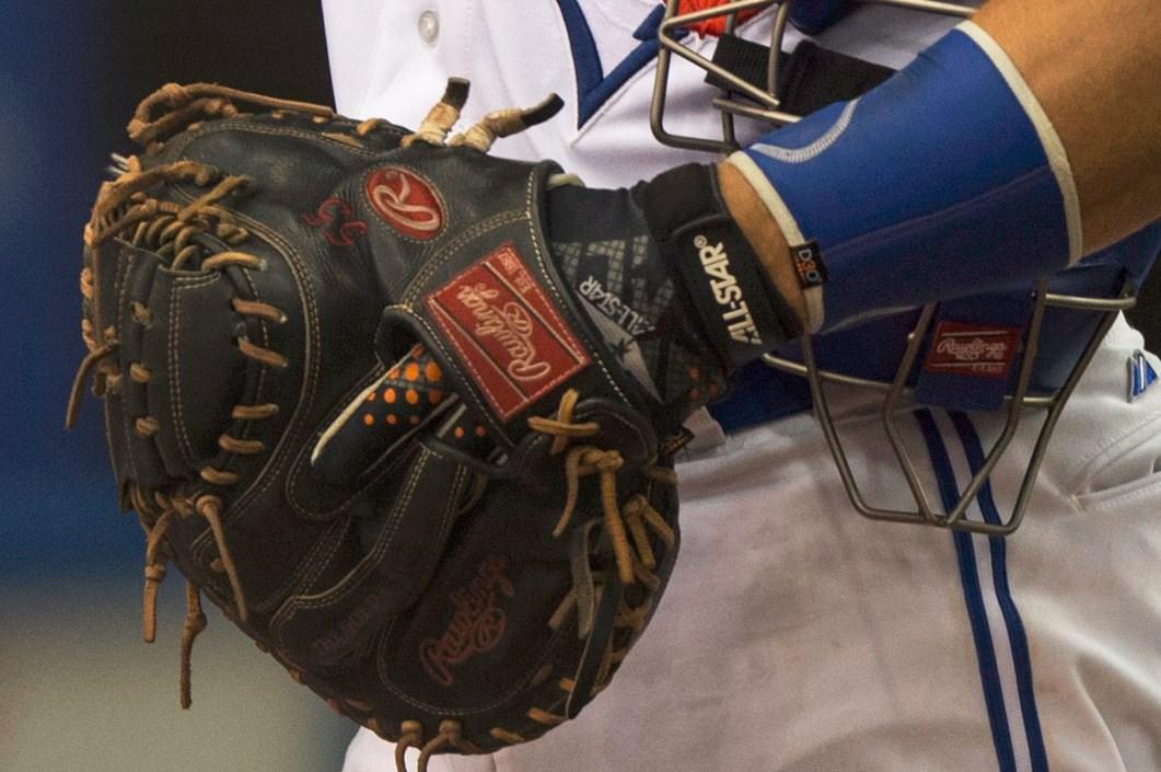 What Pros Wear Catchers Mitt Archives What Pros Wear