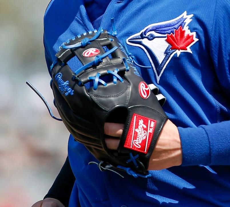 josh-donaldson-glove