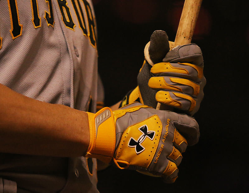 neil-walker-under-armour-yard-vii-batting-gloves-2