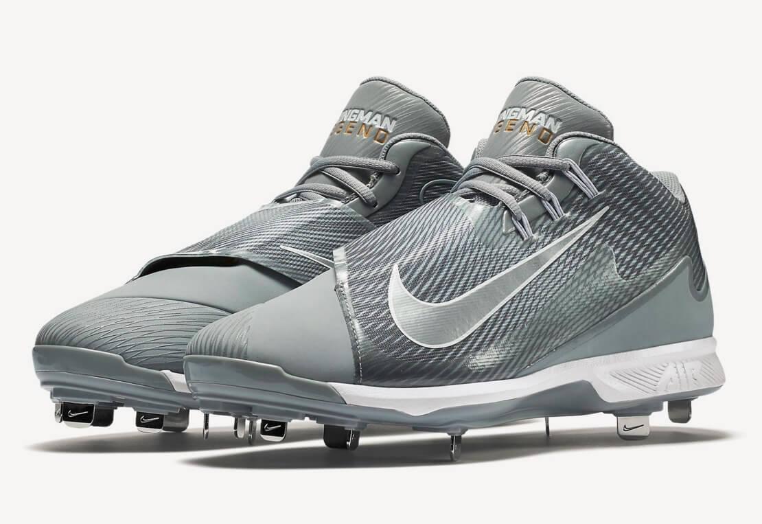 Nike Swingman Legend Cleats