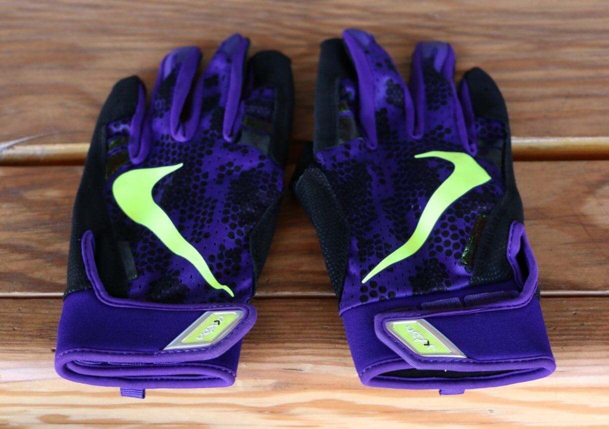 Brandon Barnes Nike Vapor Elite 3.0 Gloves