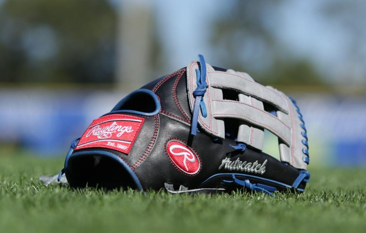 Kevin Pillar Rawlings Glove