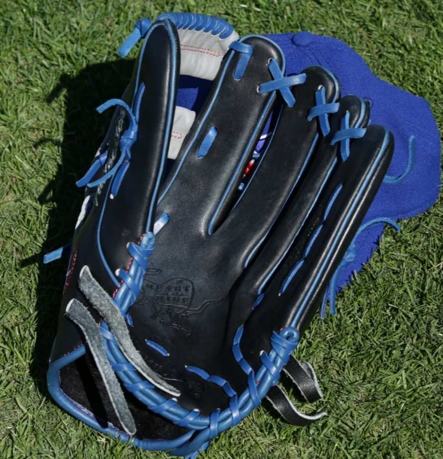 Kevin Pillar Rawlings Heart of the Hide Glove