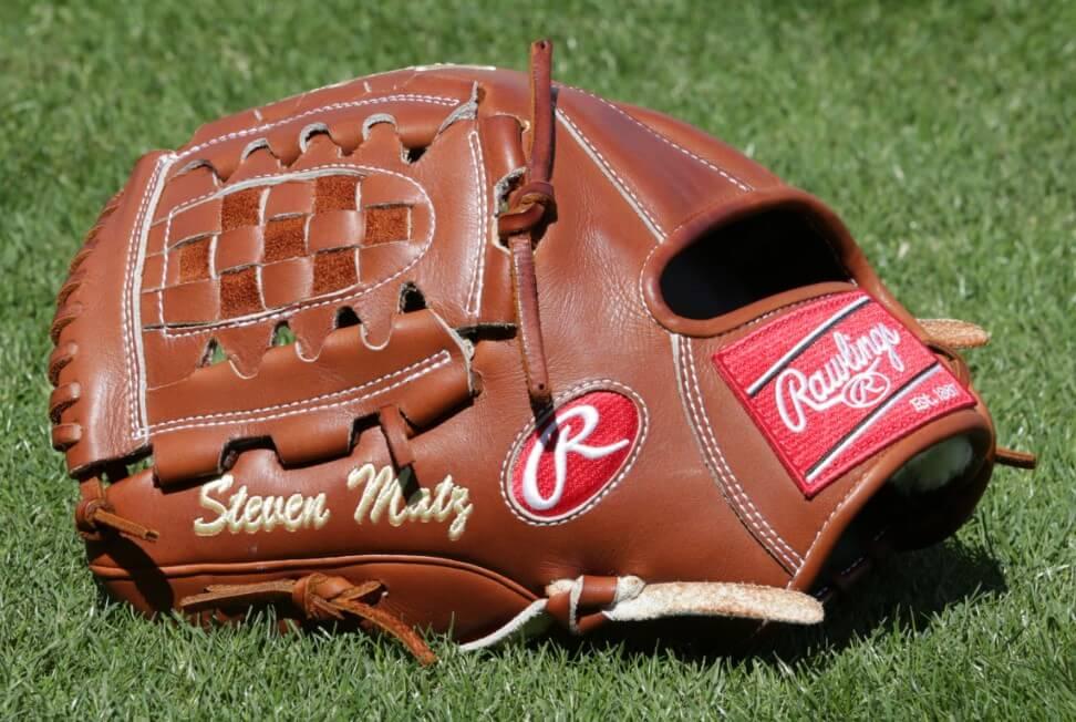 Steven Matz Rawlings Glove