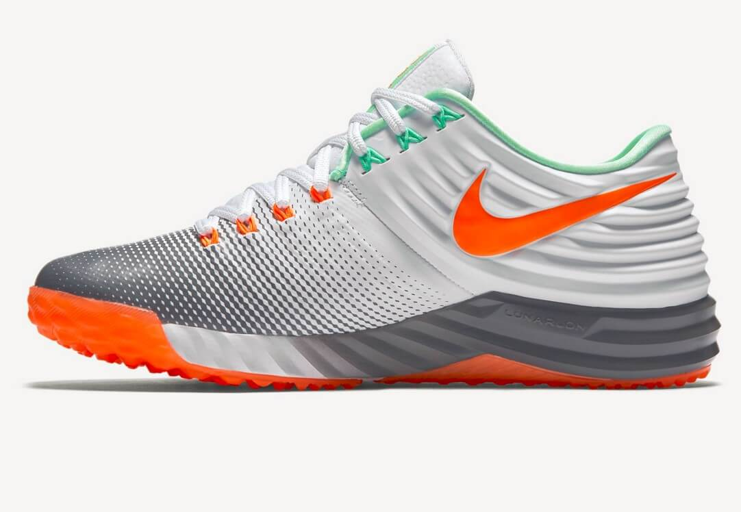 What Pros Wear Giancarlo Stanton S Nike Trout 2 Turfs What