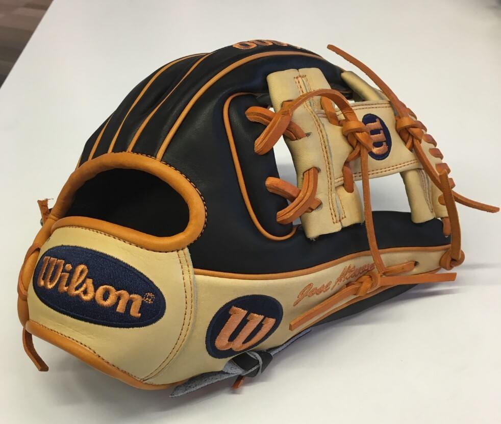Jose Altuve Wilson A2000 Glove