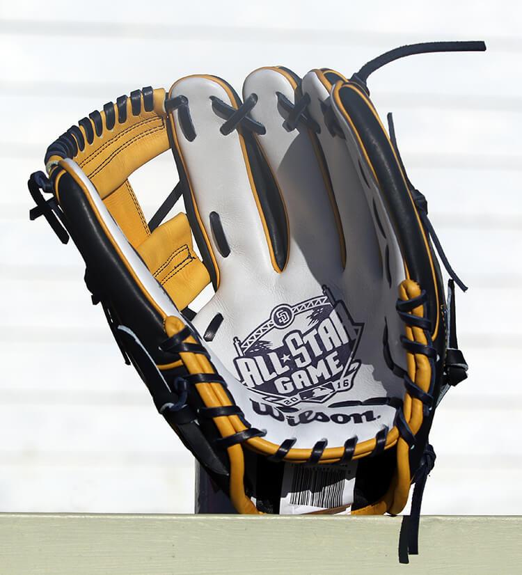 Wilson A2000 1786 San Diego All Star Glove 8