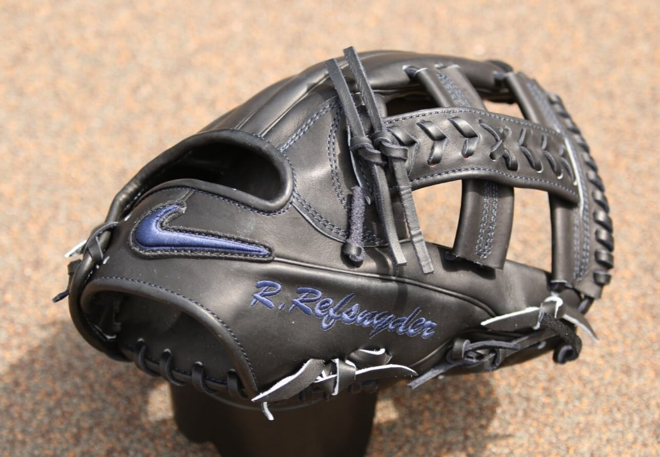 Rob Refsnyder Glove Giveaway