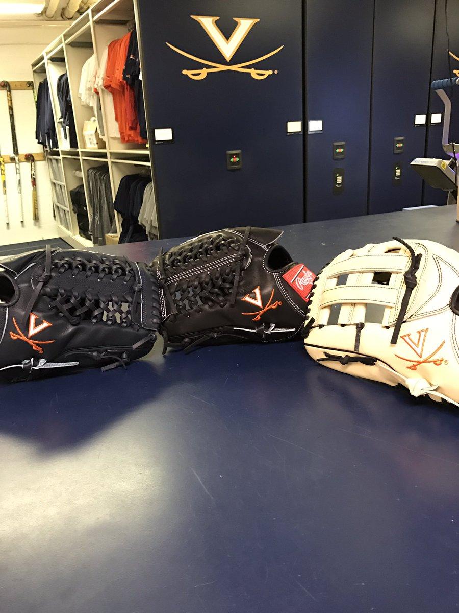 uva-gloves