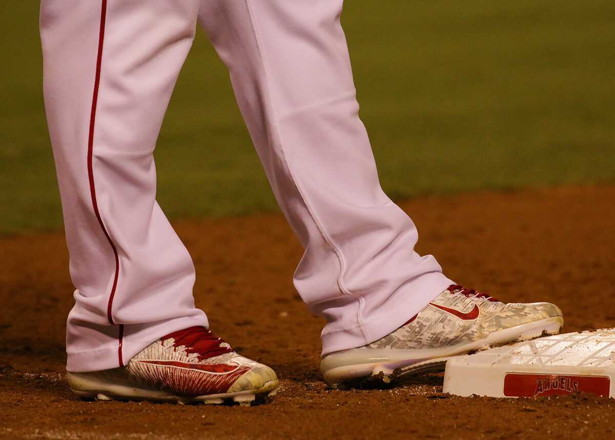 Mike Trout Cleats