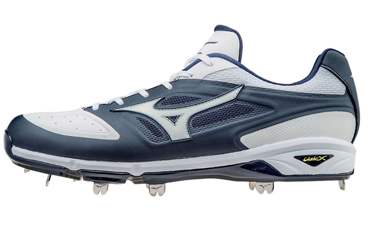 Mizuno Dominant Cleats