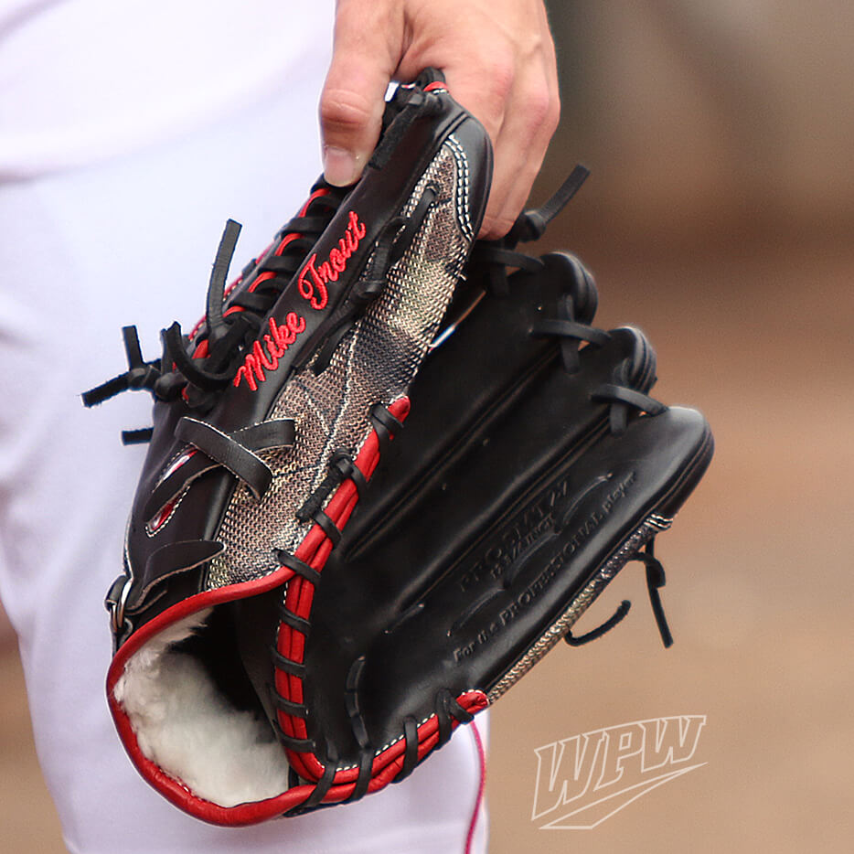 Mike Trout PROSMT27 Glove