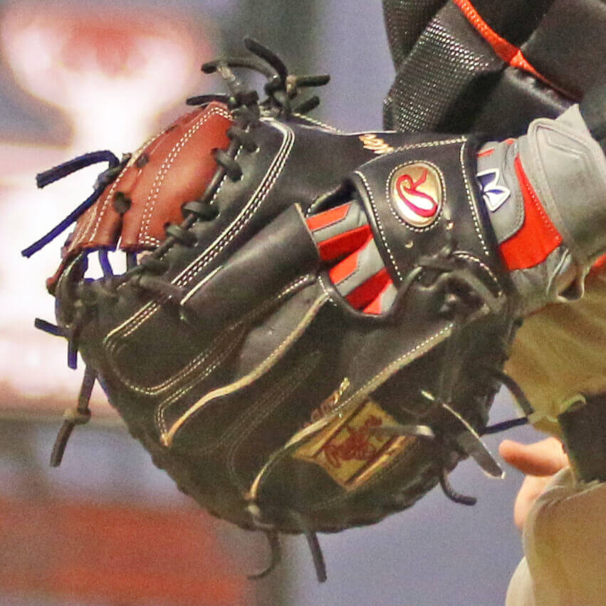 What Pros Wear Buster Posey's Rawlings PROSCM43BP28 Mitt