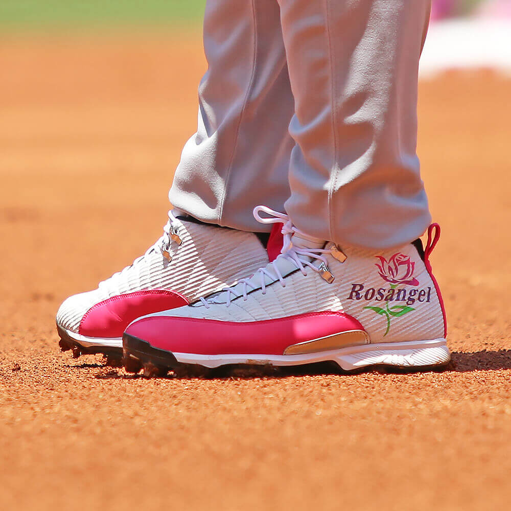 Miguel Cabrera Mothers Day Cleats 2017