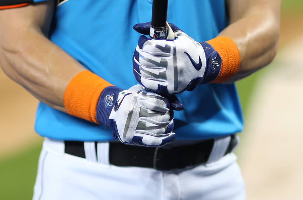 nike huarache batting gloves