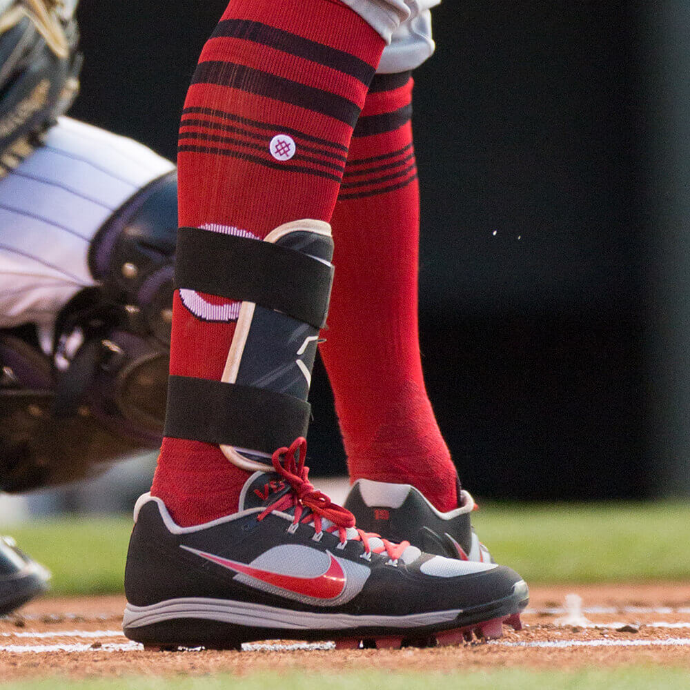 What Pros Wear Joey Vottos Evoshield Speed Stripe Leg Guard What
