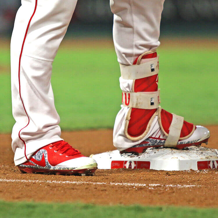 What Pros Wear Mike Trout Cleats 2017 - Trout 4 ASG