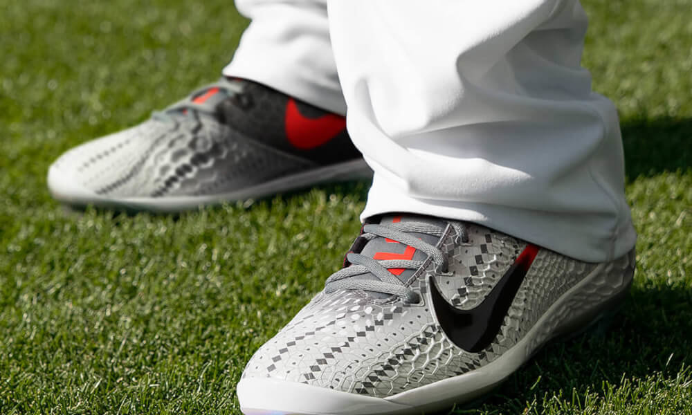Nike Force Zoom Trout 5 Cleats