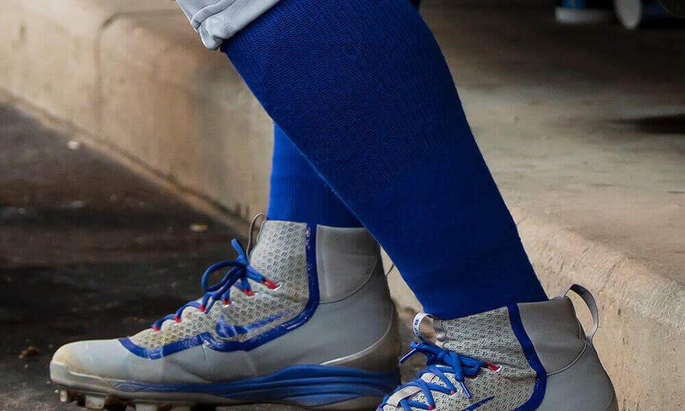 sports shoes f17e5 acbb1 What Pros Wear: Javier Baez' Nike Air Huarache 2k Filth ...