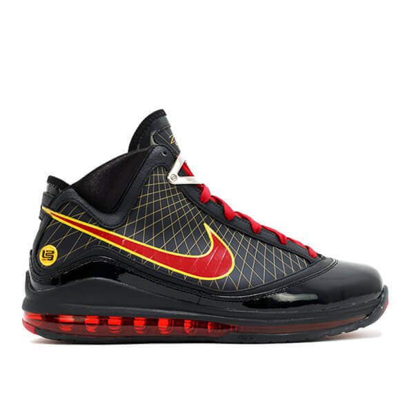 3bd3a629968a The LeBron 7 arrived on the scene with nearly universal acclaim due to the  similarities to the Air Jordan 11. The mudguard is similarly cut with the  AJ 11 ...