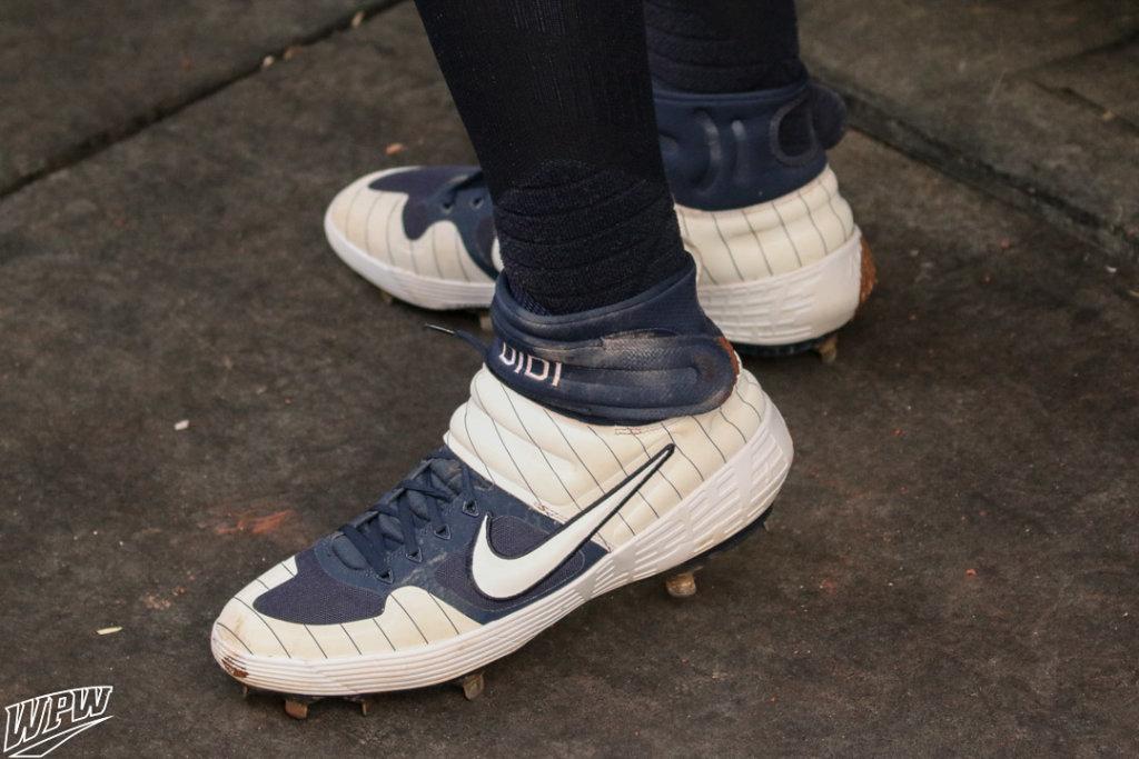01f4d47eade4f What Pros Wear: Didi Gregorius' Nike Alpha Huarache Elite 2 Mid ...