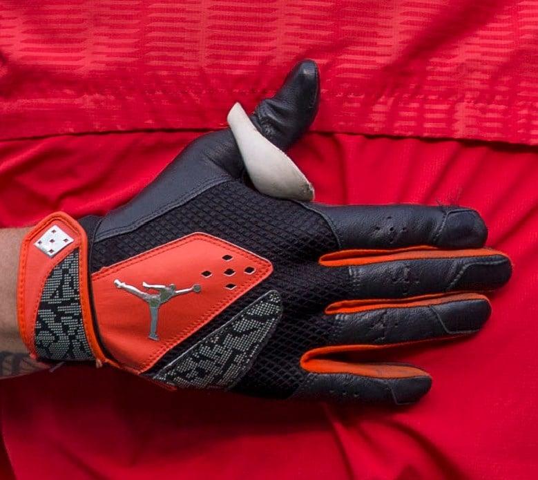 online store 25667 138c8 What Pros Wear: Manny Machado's Jordan Batting Gloves (2015 ...